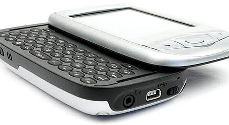 Сотовый телефон i-mate k-jam с клавиатурой